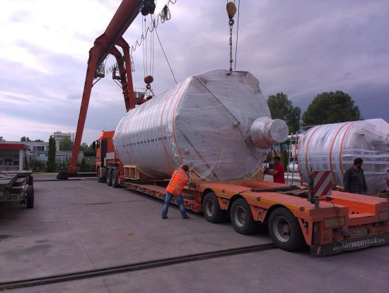 Transport of tanks from Bulgaria to Romania